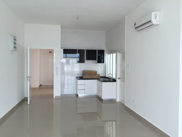 NUSA HEIGHTS FREEHOLD APARTMENT - GELANG PATAH