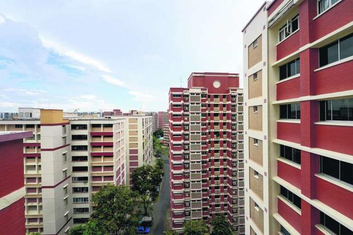 SRX: HDB resale volume slips 11.6% in June